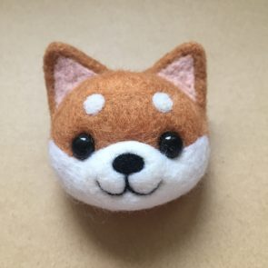 動物頭心口針 – 柴犬