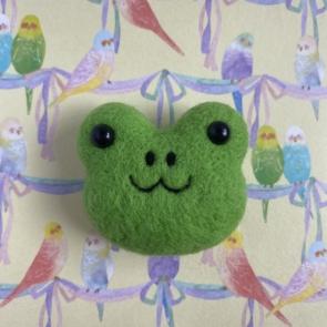 動物頭心口針 – 青蛙